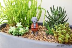Zeno_plant_guardian_B_FS_wm